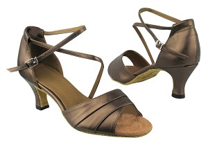 "1659 59 Copper Leather with 2.5"" low heel in the photo"