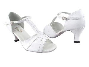 "1703 White Leather with 2.5"" Heel in the photo"